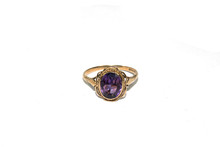 Vintage Antique Ring With Gems...
