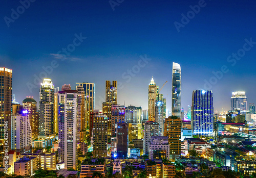 Keuken foto achterwand Stad gebouw View commercial modern building and condominium in city downtown Bangkok Thailand