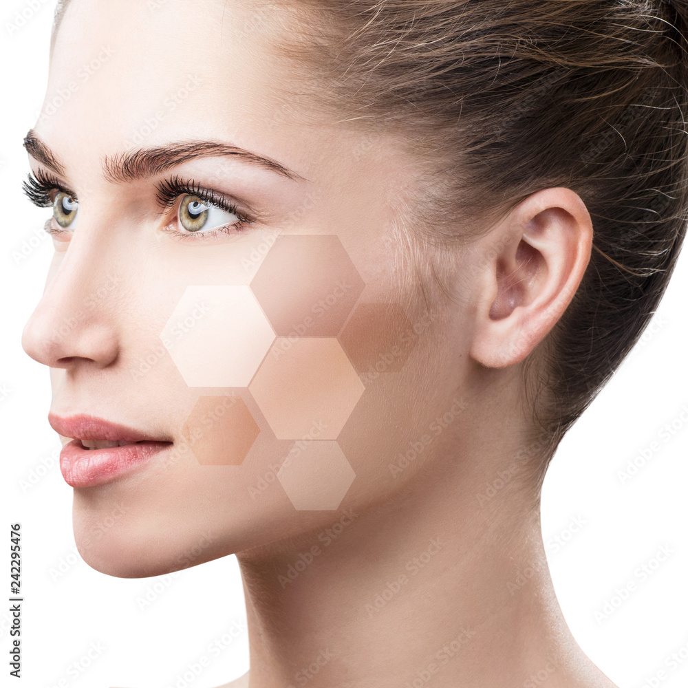 Fototapety, obrazy: Beautiful female face in honeycombs.