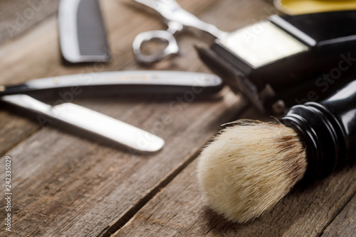 Fotomural Brush on wooden surface