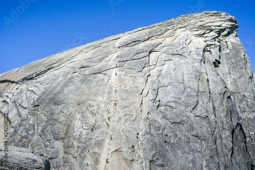 Photo Going up on the Half Dome cables on a sunny summer day, Yosemite National Park,