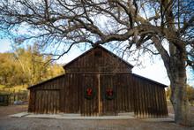 Farmhouse Barn With Wreaths
