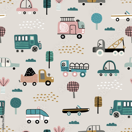 Papiers peints Cartoon voitures Baby seamless pattern with cute cars. Perfect for kids fabric, textile, nursery wallpaper. Cute vector illustration in scandinavian style.