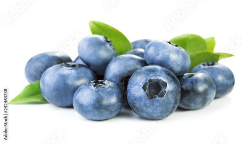Slika na platnu heap of blueberries isolated on white background