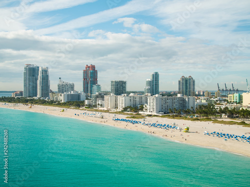 Spoed Foto op Canvas Centraal-Amerika Landen Aerial drone photography Miami Beach Florida coastline