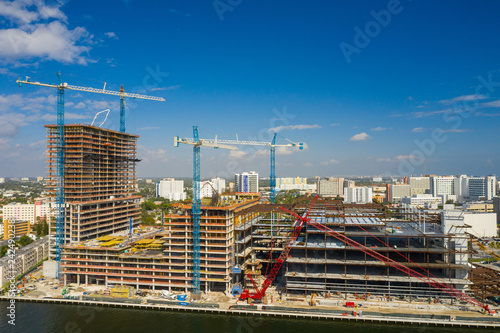 Spoed Foto op Canvas Centraal-Amerika Landen Aerial Miami River Landing construction site