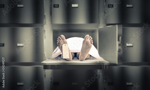 Photo  man in the morgue