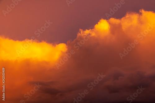 Cadres-photo bureau Brique coucher de soleil dans les nuages