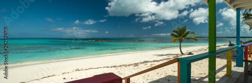 Valokuva  Verandah with view, Exuma, Bahamas