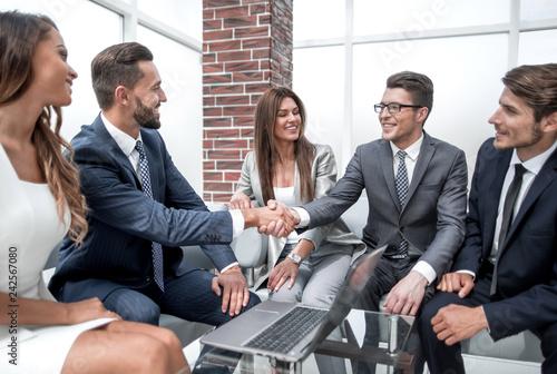 Fotografie, Obraz  handshake business people at an informal meeting
