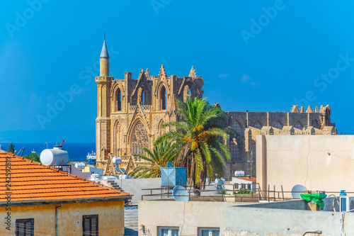 Staande foto Noord Europa Aerial view of Old town of Famagusta with Lala Mustafa Pasa Mosque, Cyprus