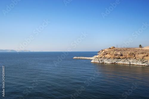 Fotografie, Obraz  Lake nasser by the temple of Abu Simbel