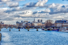 Pont Des Arts And Ile De La Cite In Winter - Paris, France