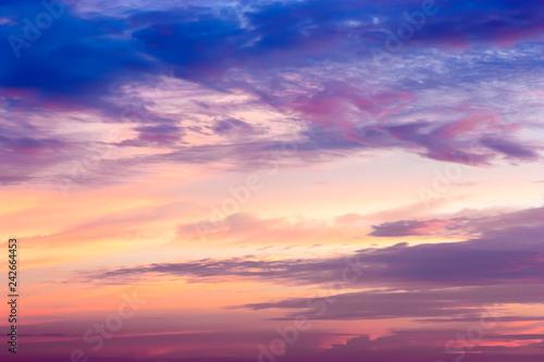 Fototapeta premium Piękne niebo rano.