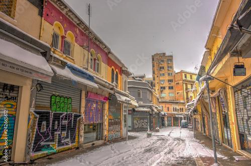 Foto auf AluDibond Gezeichnet Straßenkaffee Winter in Thessaloniki, Greece