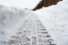 Image Of Car Tracks In White S...