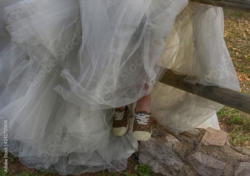 Fotografie, Obraz  Novia en zapatillas