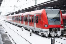 Regionalbahn Vereist Im Winter