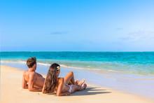 Couple On Beach Travel Honeymo...