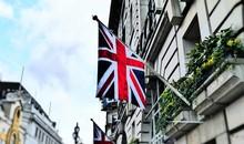 Englische Flagge An Gebäude