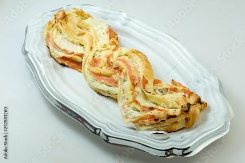 Fotografía  Savory pie with salmon