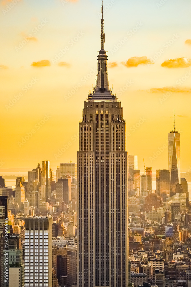 Fototapety, obrazy: New York City skyline during the sunset from the Top of the Rock (Rockefeller Center), United States