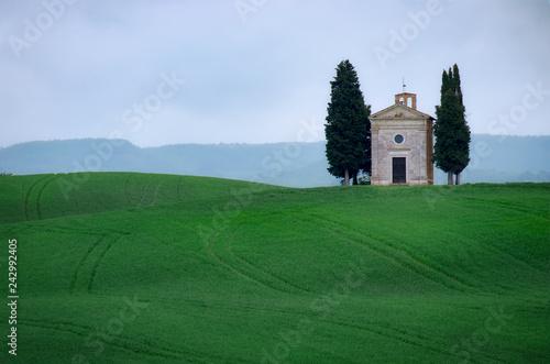 Fotografía Vitaleta Chapel, Tuscany, Italy