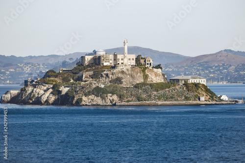 Prison island of Alcatraz in San Francisco, California Fototapet