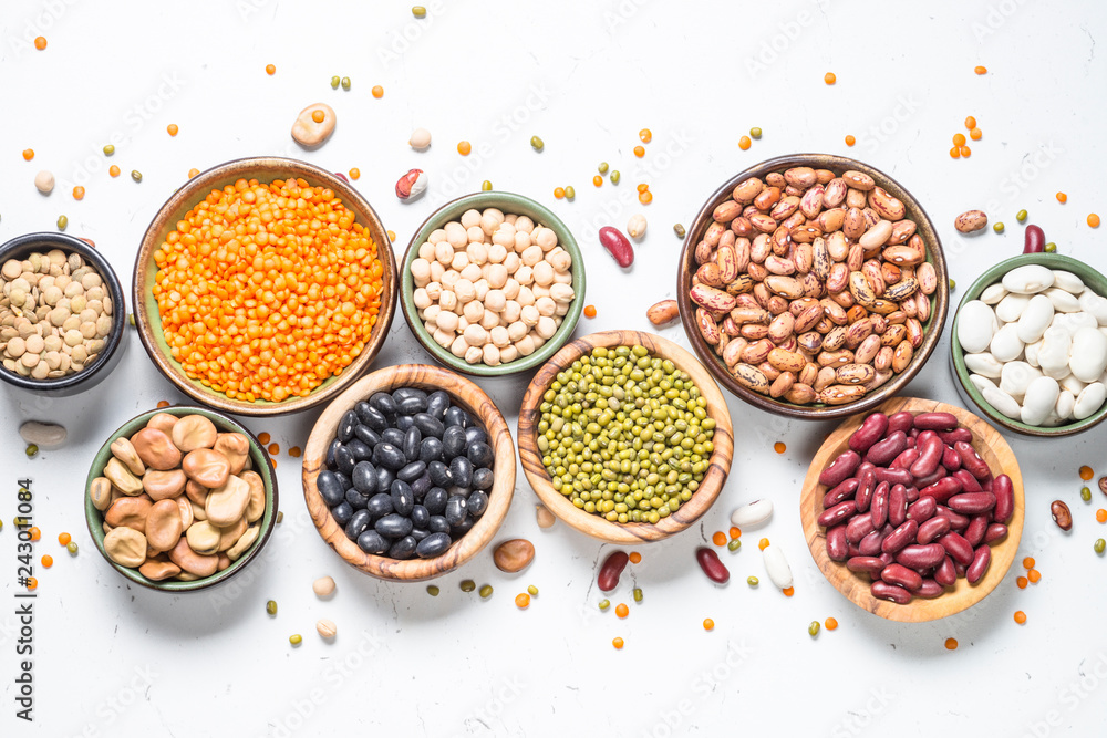 Fototapety, obrazy: Legumes, lentils, chikpea and beans assortment on white.