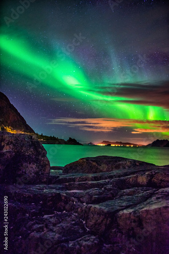 Deurstickers Noorderlicht Northern lights over Haukland Beach - Lofoten Islands, Norway