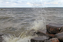 Blow Waves With Splashes Of Stones
