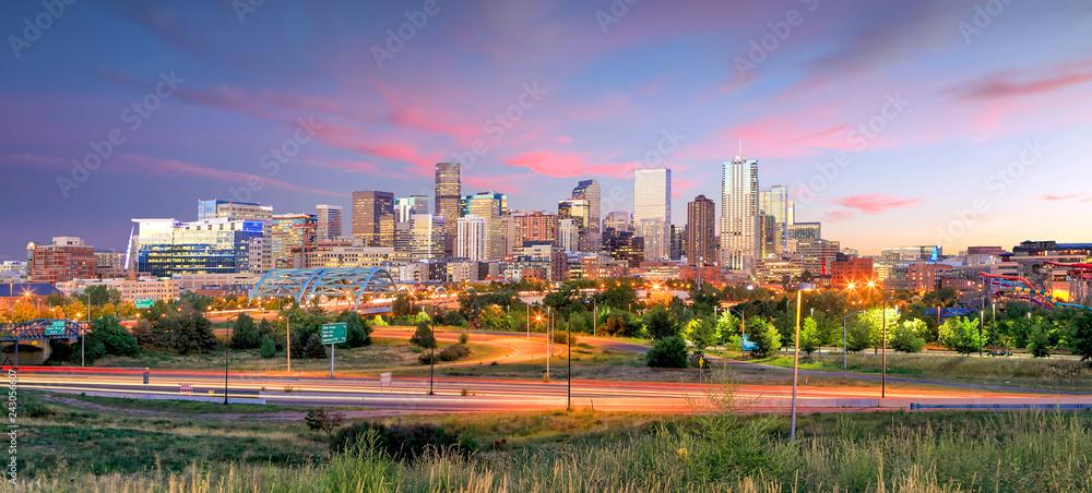 Fototapeta Denver skyline long exposure at twilight.