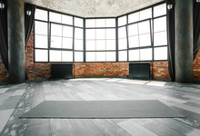 Loft Yoga Studio, Copy Space