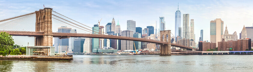 Amazing panorama view of New York city and Brooklyn bridge
