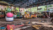 Abandoned Amusement Park In Yangoon - Train 1
