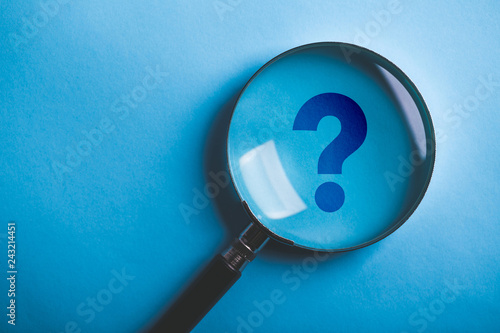 Canvas Print Magnifying With Question Mark