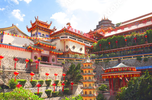 In de dag Bedehuis Buddhist temple Kek Lok Si, Georgetown, Penang island, Malaysia
