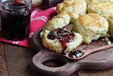 Buttermilk Southern Biscuits O...