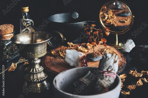 Foto Wiccan witch altar working space