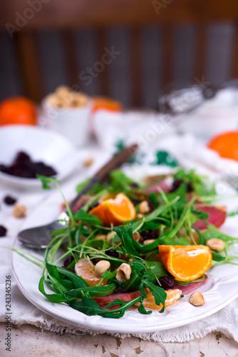 Wallpaper Mural ham watercress salad clementine dressing