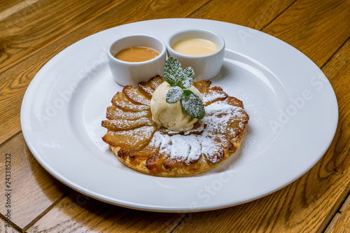 Photo  Classic American Apple pie