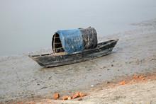 Boats Of Fishermen Stranded In...