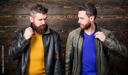 Fényképezés  Feel confident in brutal leather clothes