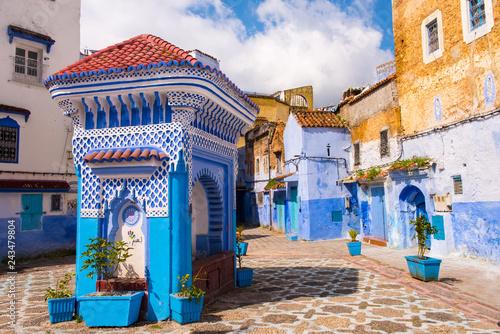Papiers peints Maroc Public fountain of the Plaza El Hauta, square in medina of Chefchaouen, Morocco