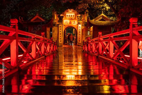 Spoed Foto op Canvas Bedehuis Ngoc Son Temple. Hanoi city old town at night, Vietnam