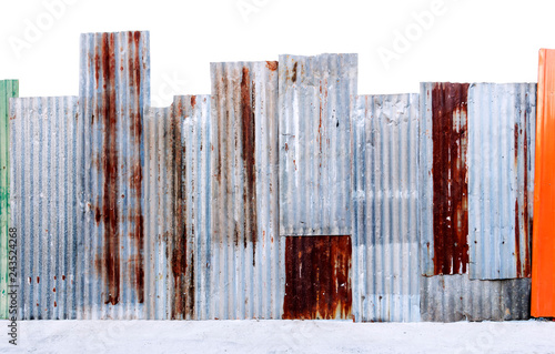 Foto  Rusty corrugated galvanized steel wall or iron metal sheet surface for texture and background