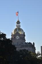The Golden Dome Of Savannah Ci...