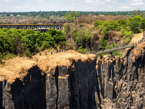 Foto  Victoria Falls at Zambia side, one of most iconic African natural landmarks