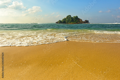 Obraz premium Tropikalna plaża na Sri Lance.