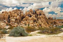Mojave Desert Boulder Formation At Horsemen's Center Park In Apple Valley, California